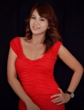 Margaux 32 y.o. from Philippines