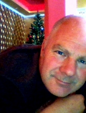 tony 53 y.o. from UK